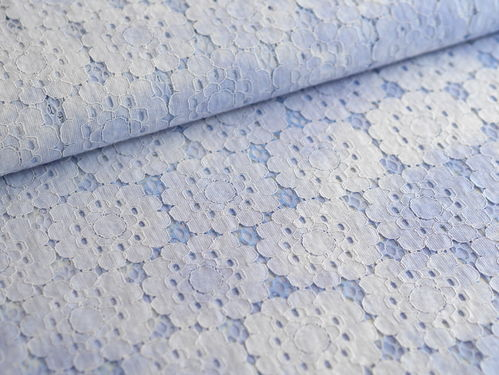 Spitzenstoff Blumen Batik light blue